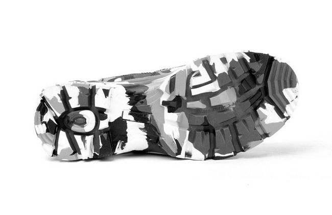 Boots Red - B&W Camodresscode