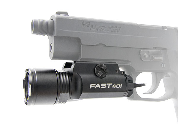 Lanterna pentru arma FAST 401 Ultra-High-Output LED Weaponlight